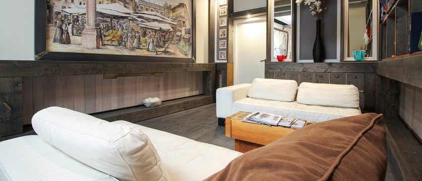 Hotel Italia, Verona, Italy - lounge.jpg